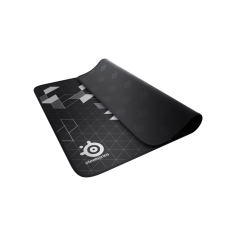 SteelSeries QcK+ Limited with stitch edges (450mm x 400mm x 3mm)